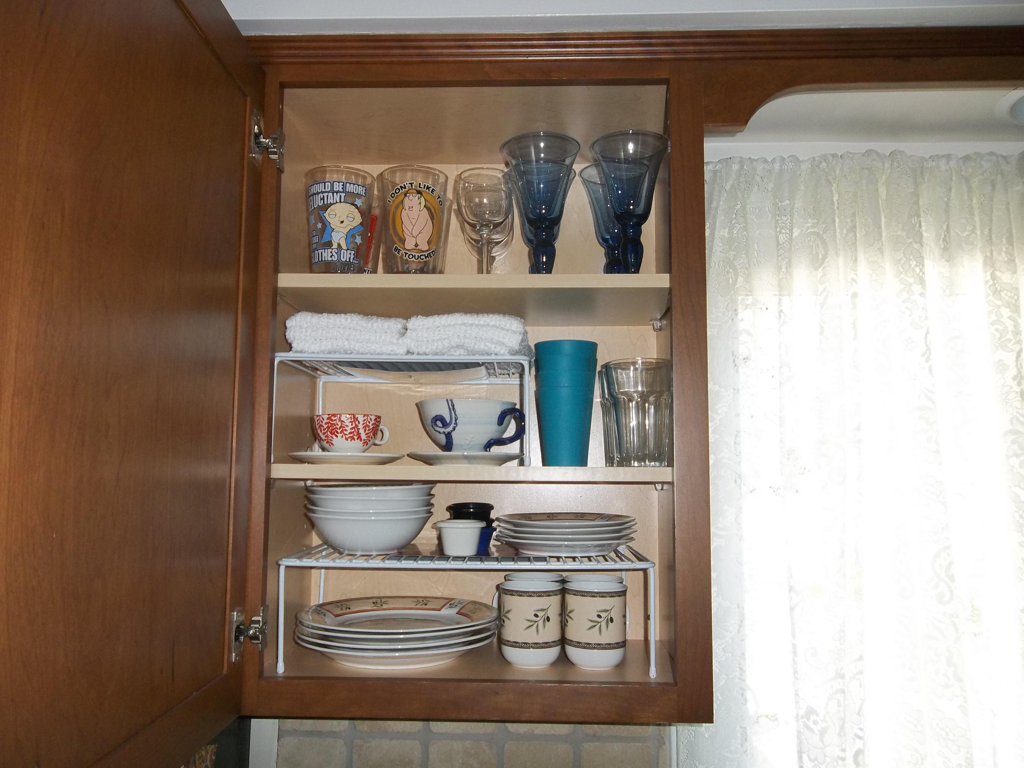 To Achieve Organized Kitchen Cabinets