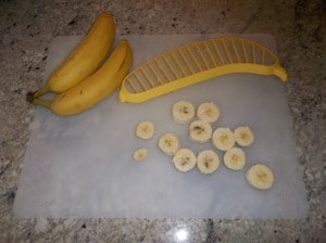 This is the hutzler banana slicer pictured here with the banana slices.