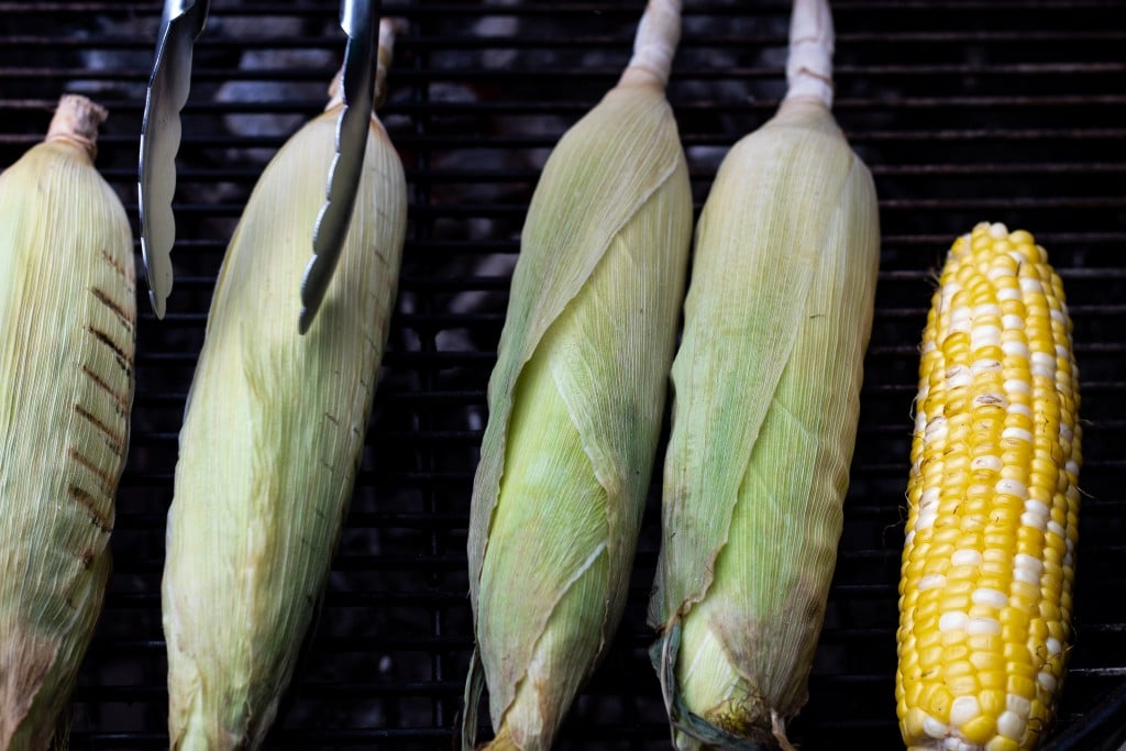 corn on the grill for corn and chorizo dip